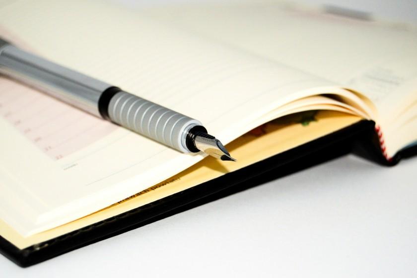 notebook-428292_1920